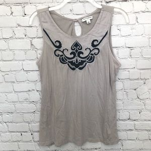 BANANA REPUBLIC / grey embroidered tank